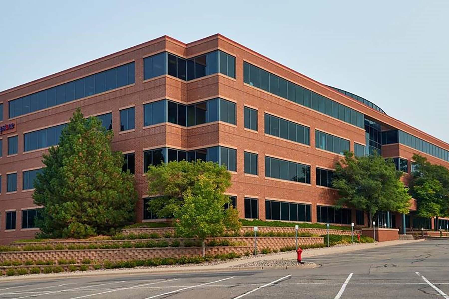 Interlachen Corporate Center Exterior